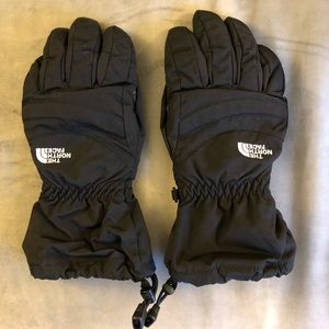 Women's The North Face ski/snow gloves- size small